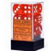 Kép 1/2 - Chessex Translucent 16mm d6 with pips Dice Blocks (12 Dice) - Orange w/white